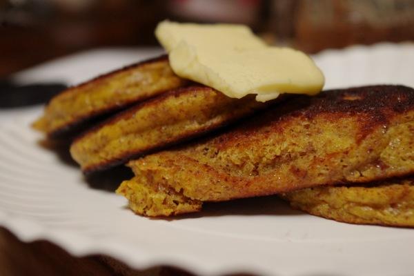 Cakey Almond Flour Pancakes (grain-free)