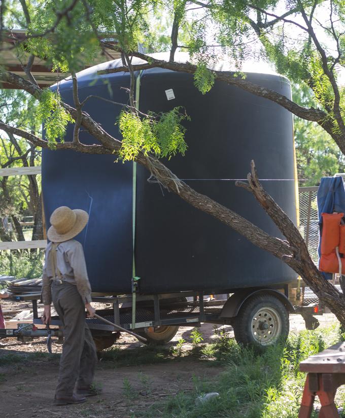 barn-water-tank